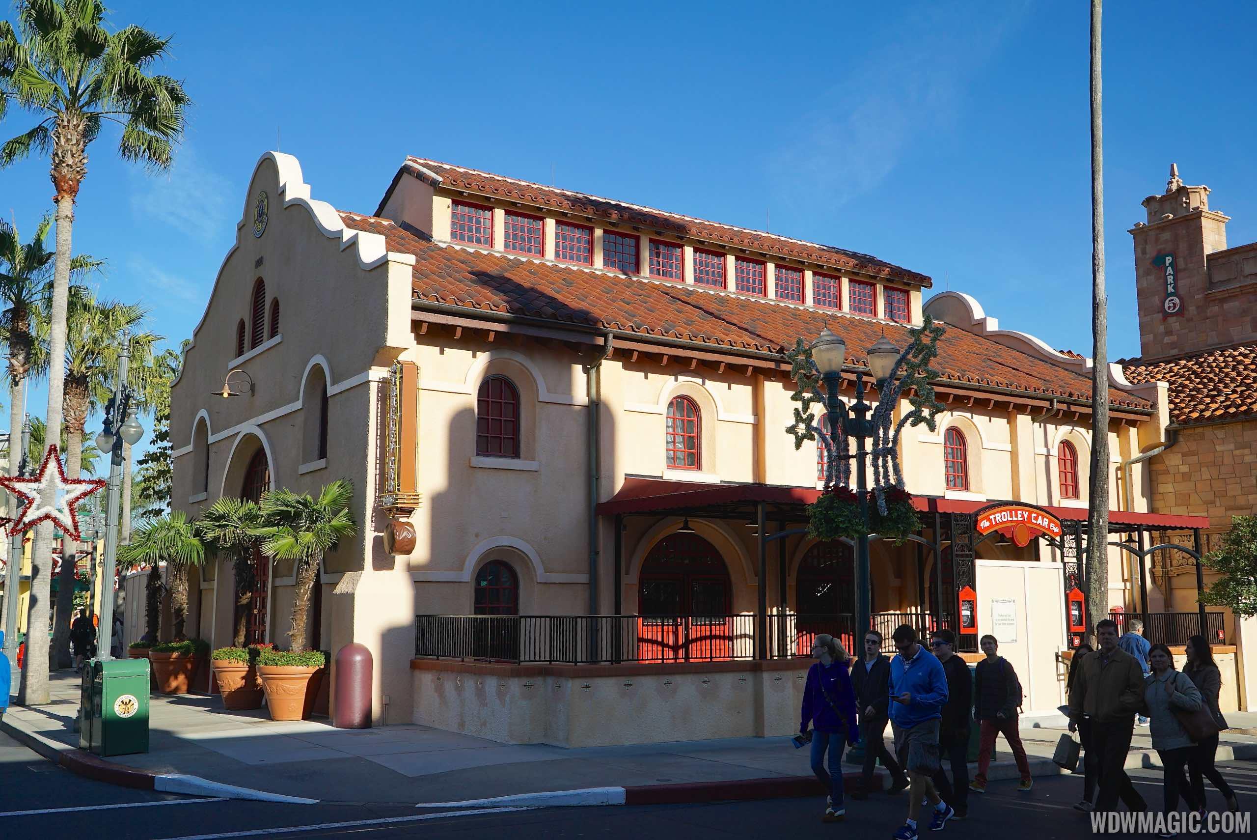 Starbucks at Disney's Hollywood Studios