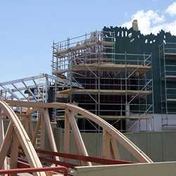 T-Rex restaurant construction