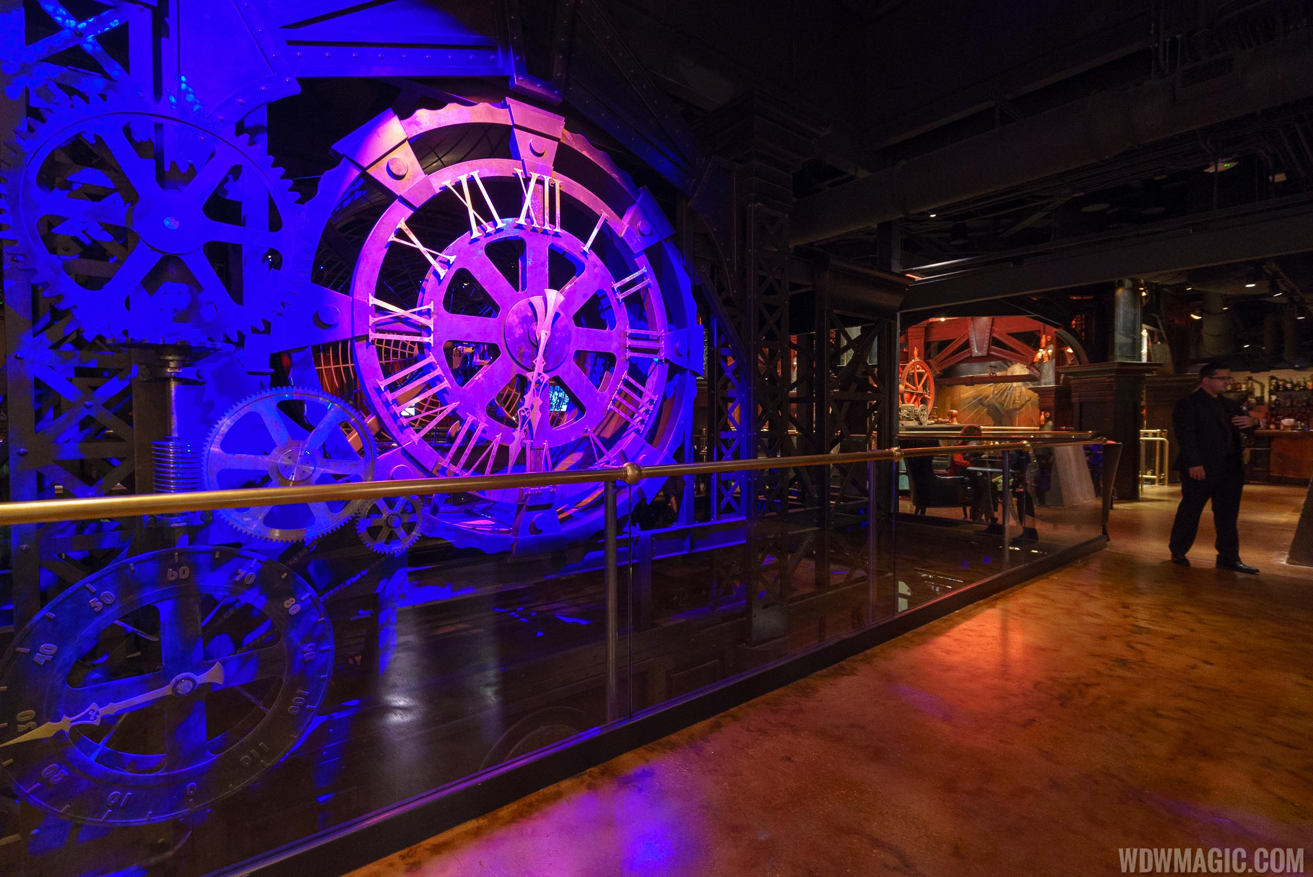 The Edison's mechanical clock