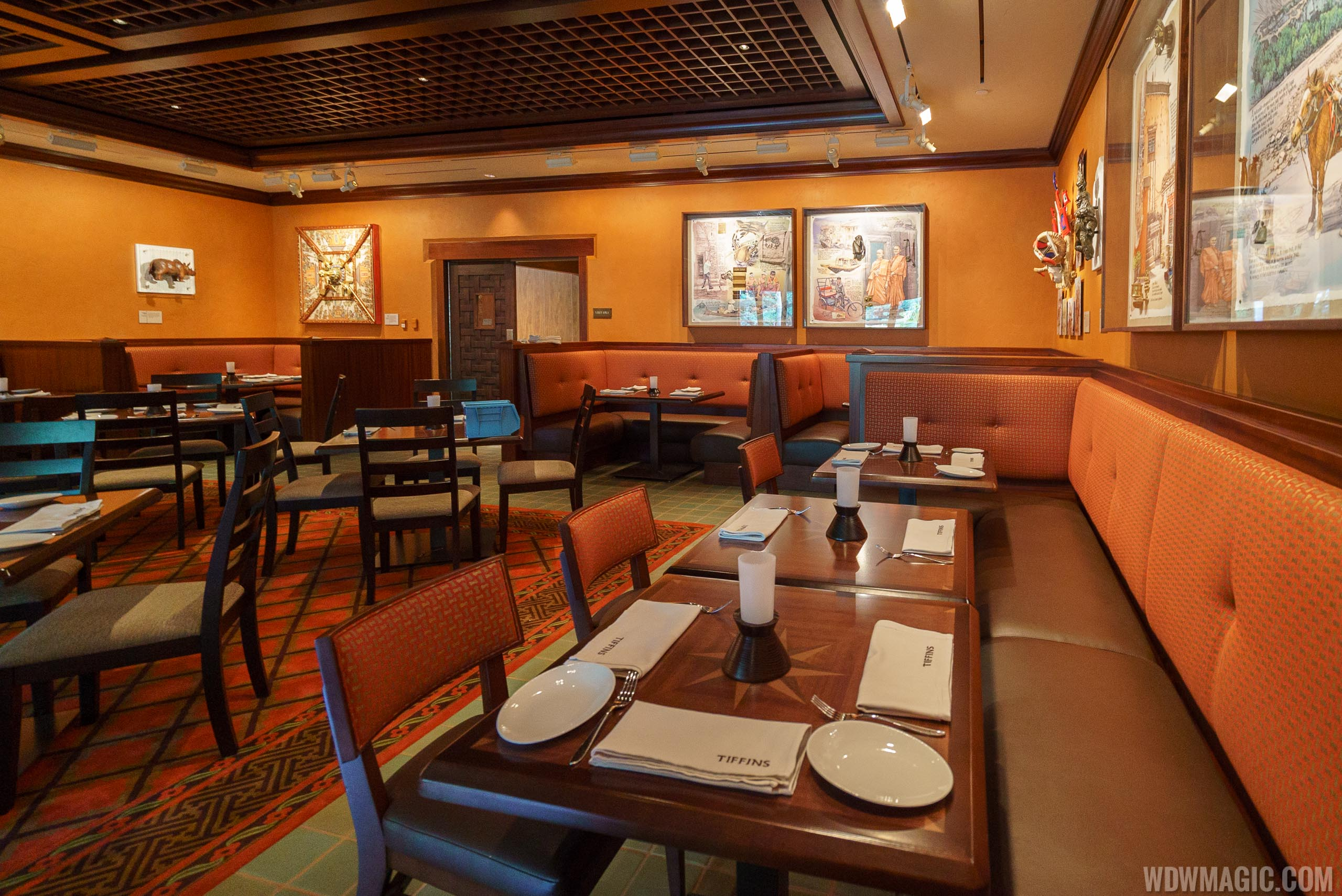 Tiffins - Trek Gallery dining room
