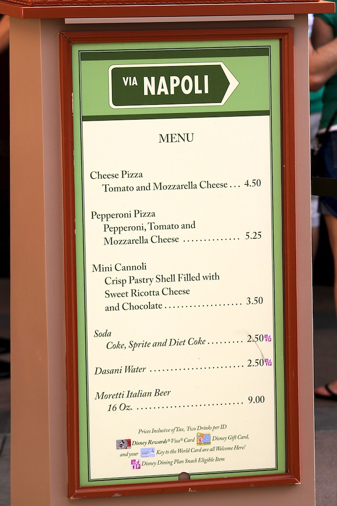 'By-the-slice' kiosk and food
