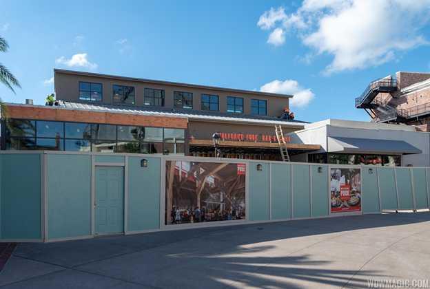 Wolfgang Puck Bar and Grill construction - October 2018