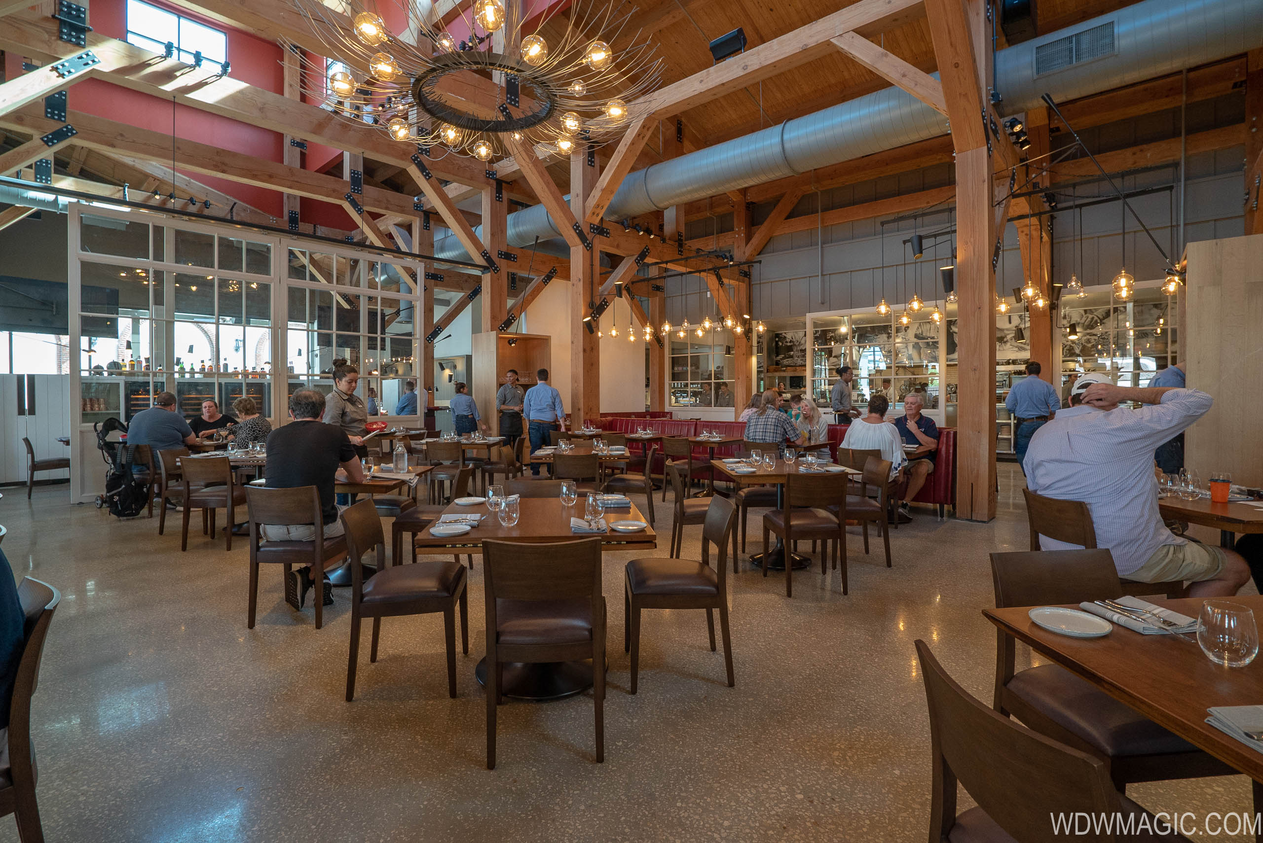 Wolfgang Puck Bar and Grill overview