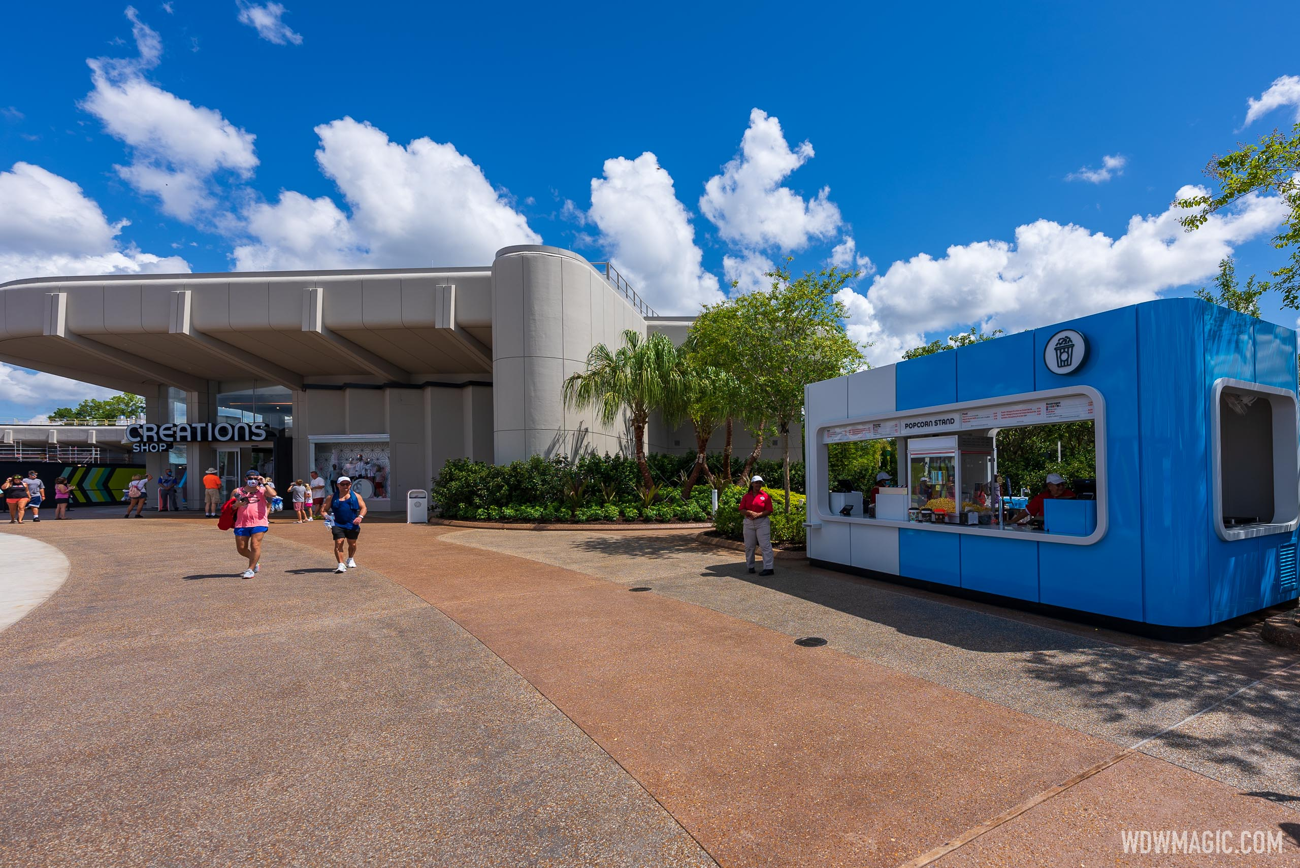 New snack kiosk opens alongside Creations Shop at EPCOT