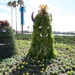 2013 International Flower and Garden Festival preparations