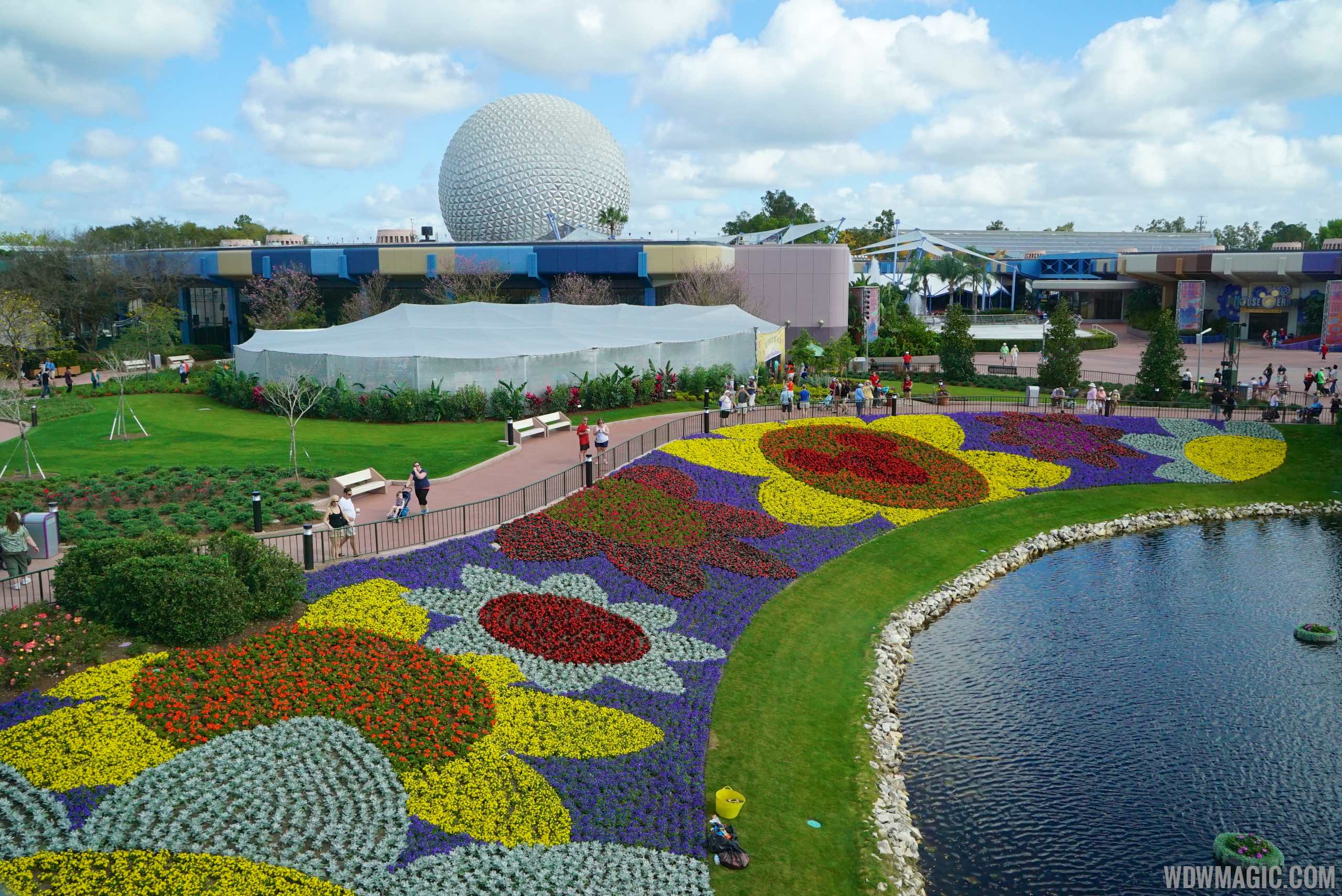 2015 Epcot Flower and Garden Festival - Future World flower display