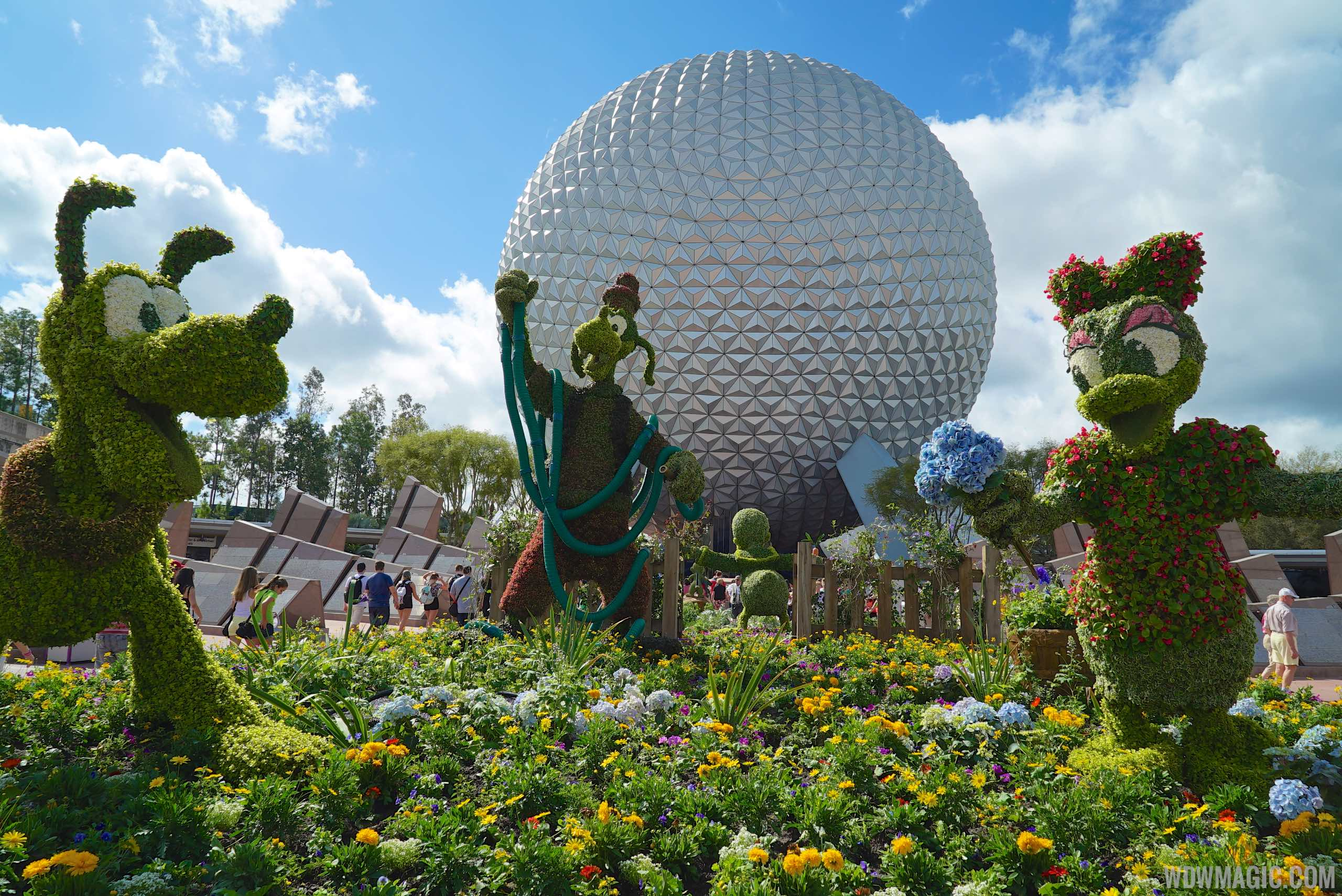 2015 Epcot Flower and Garden Festival - Main entrance topiary