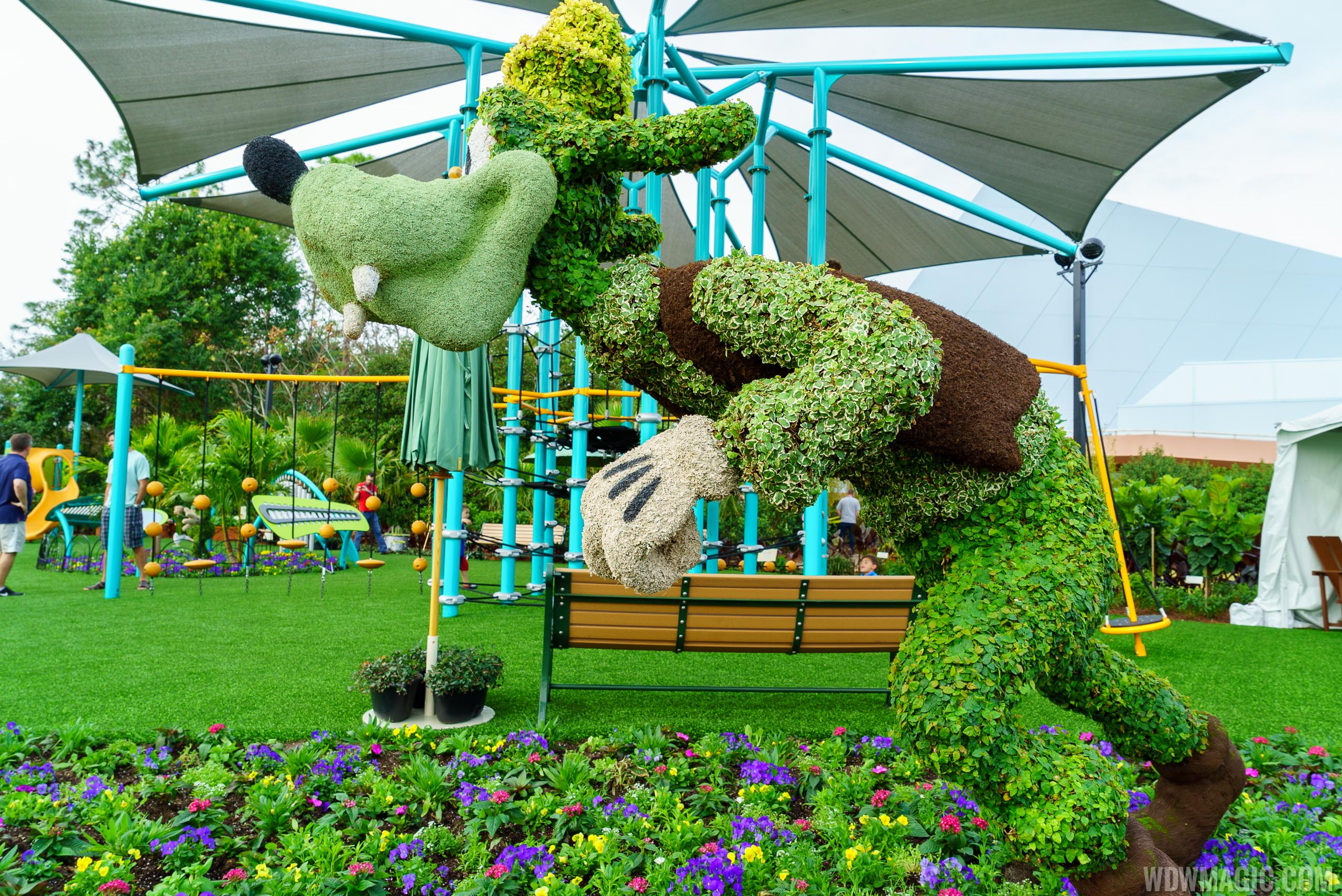2016 Epcot International Flower and Garden Festival topiary tour ...