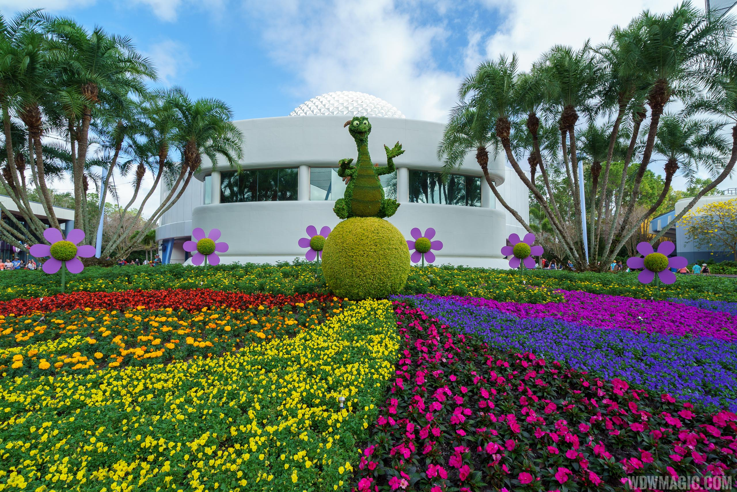2017 Flower and Garden Festival - Figment topiary near Spaceship Earth