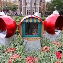 Epcot holiday decorations 2013