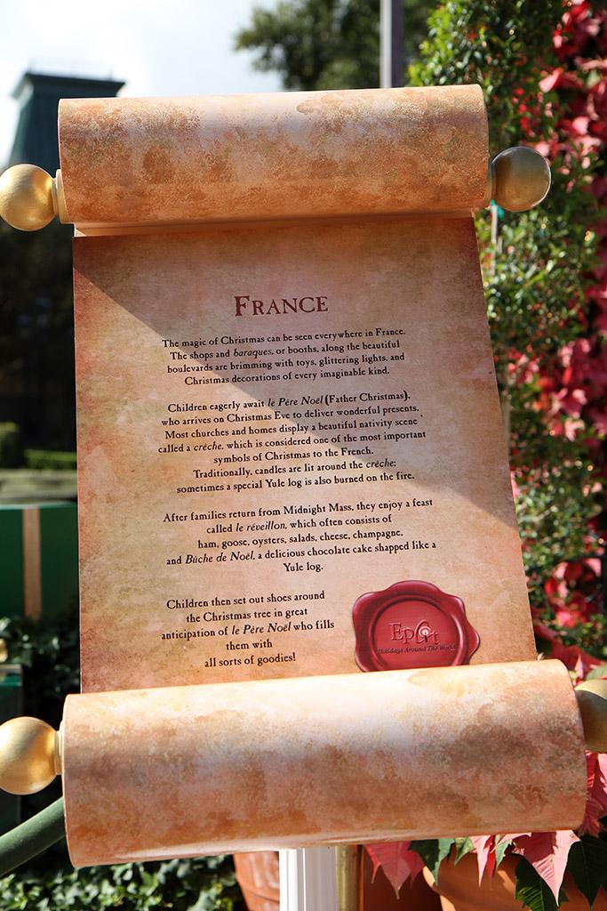 Holiday Storytellers - France - Pere Noel
