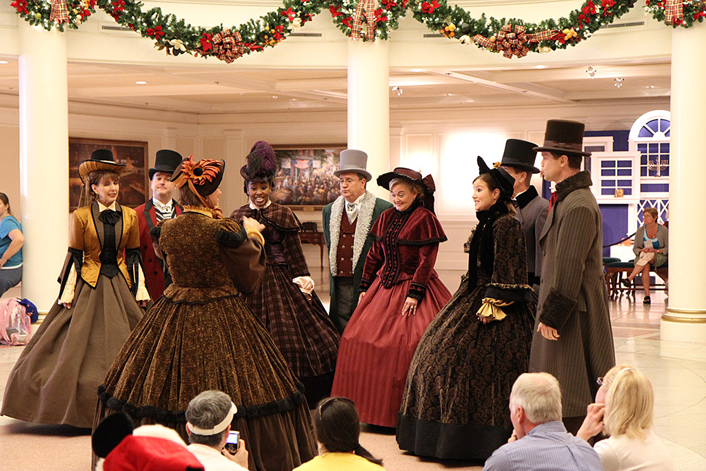 The American Adventure - Voices of Liberty Christmas Carolers