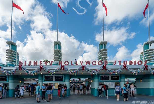 2019 Holiday Decorations at Disney's Hollywood Studios