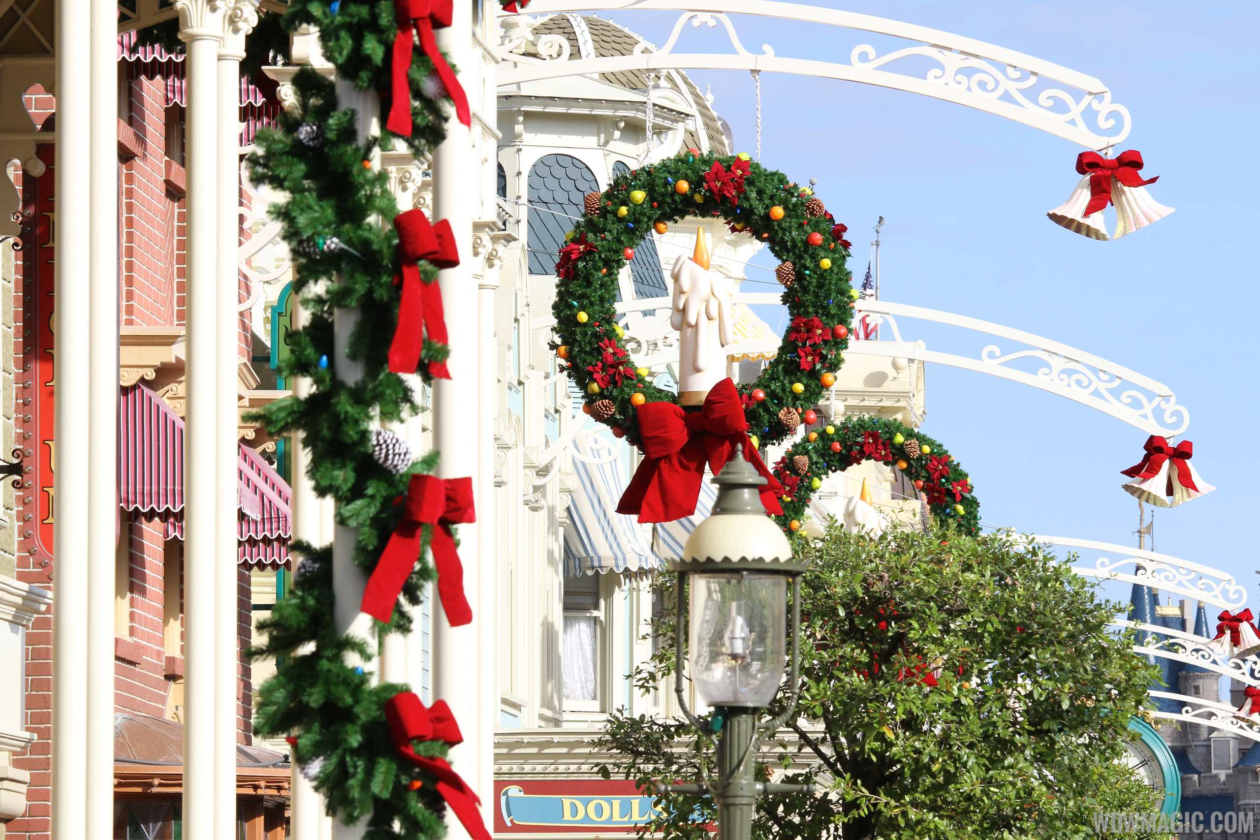New Main Street wreaths