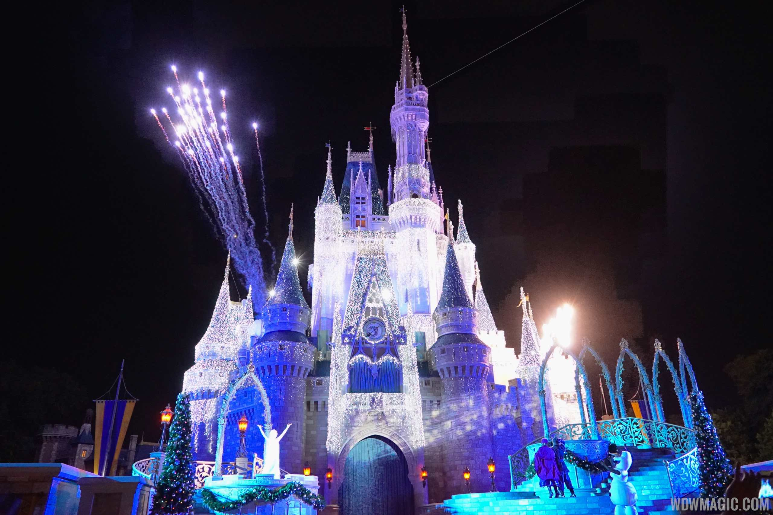 details of this years magic kingdom new year eve firework show