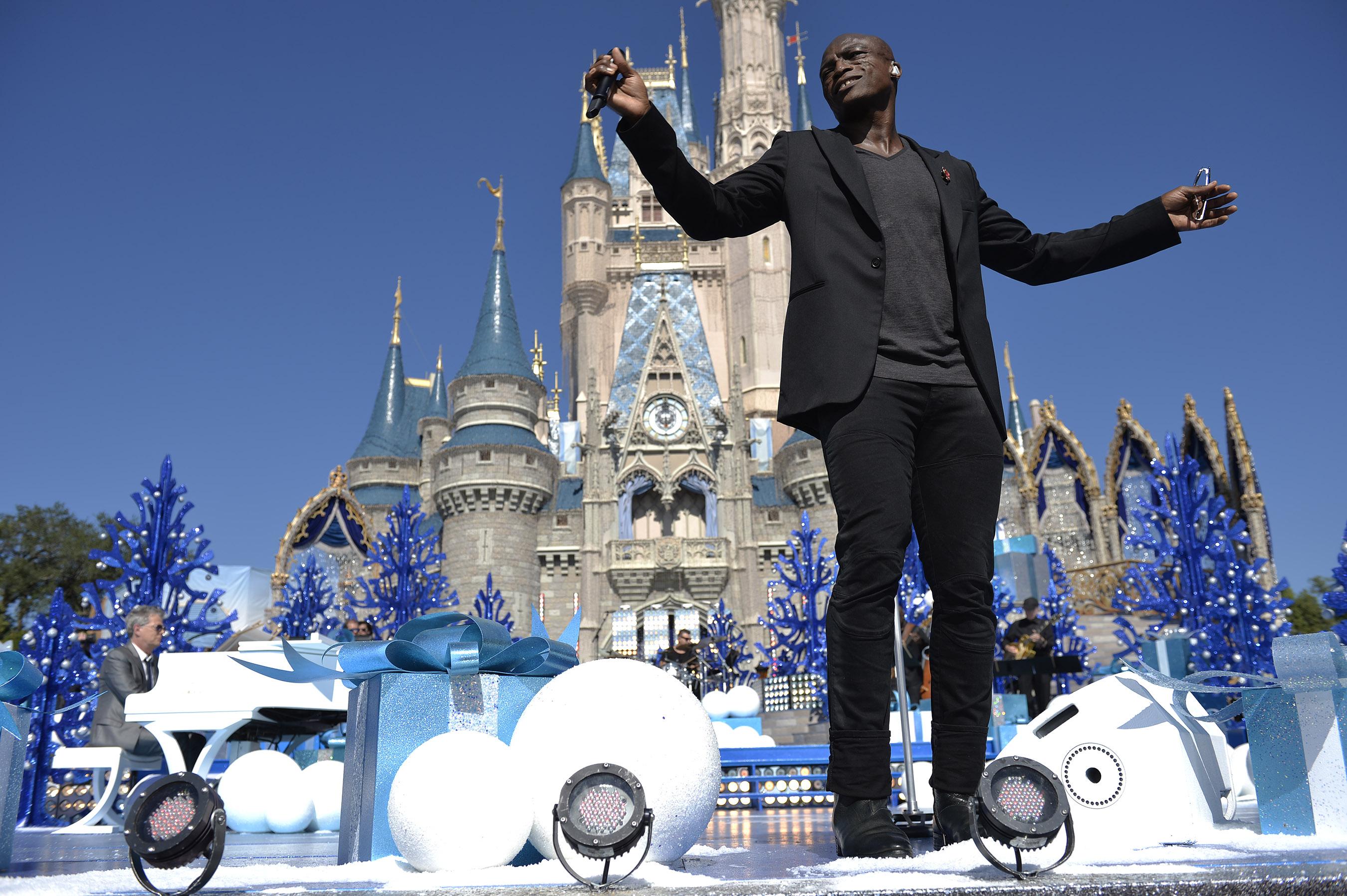 Disney Parks Unforgettable Christmas Celebration performance - Seal
