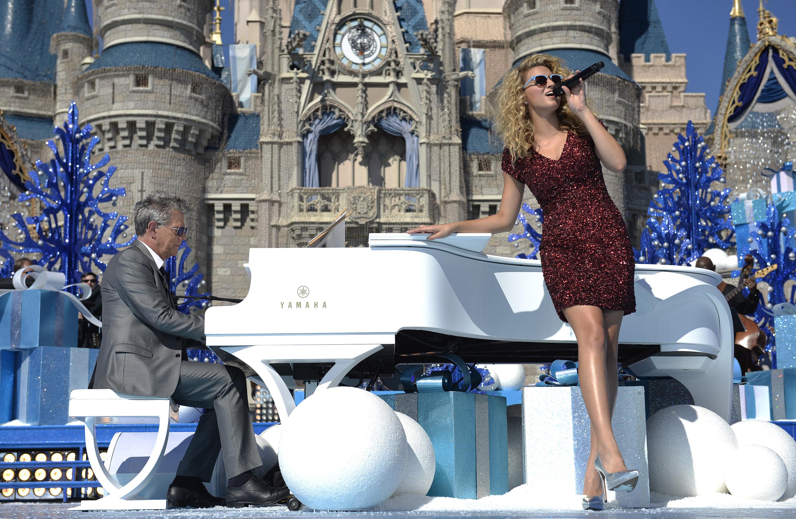 Disney Parks Unforgettable Christmas Celebration performance - Tori Kelly