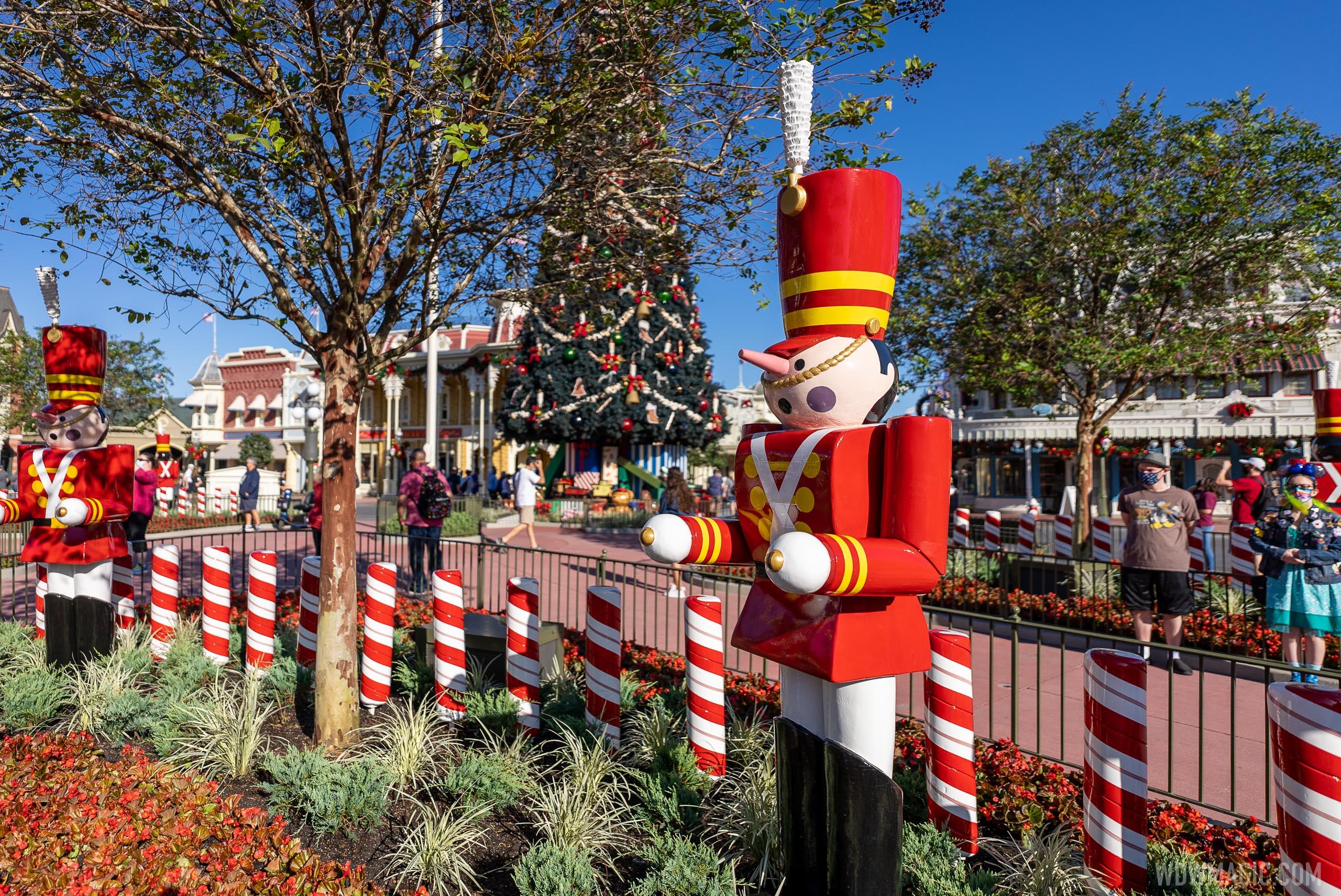 Magic Kingdom Christmas Holiday decorations 2020