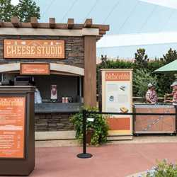 2015 Epcot Food and Wine Festival Marketplace kiosk menus and pricing