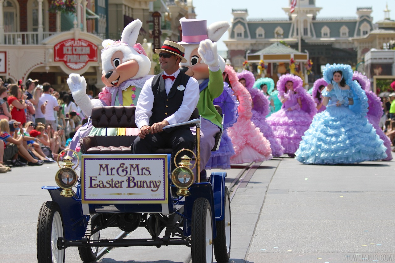 Mr and Mrs Easter Bunny in the Easter Parade