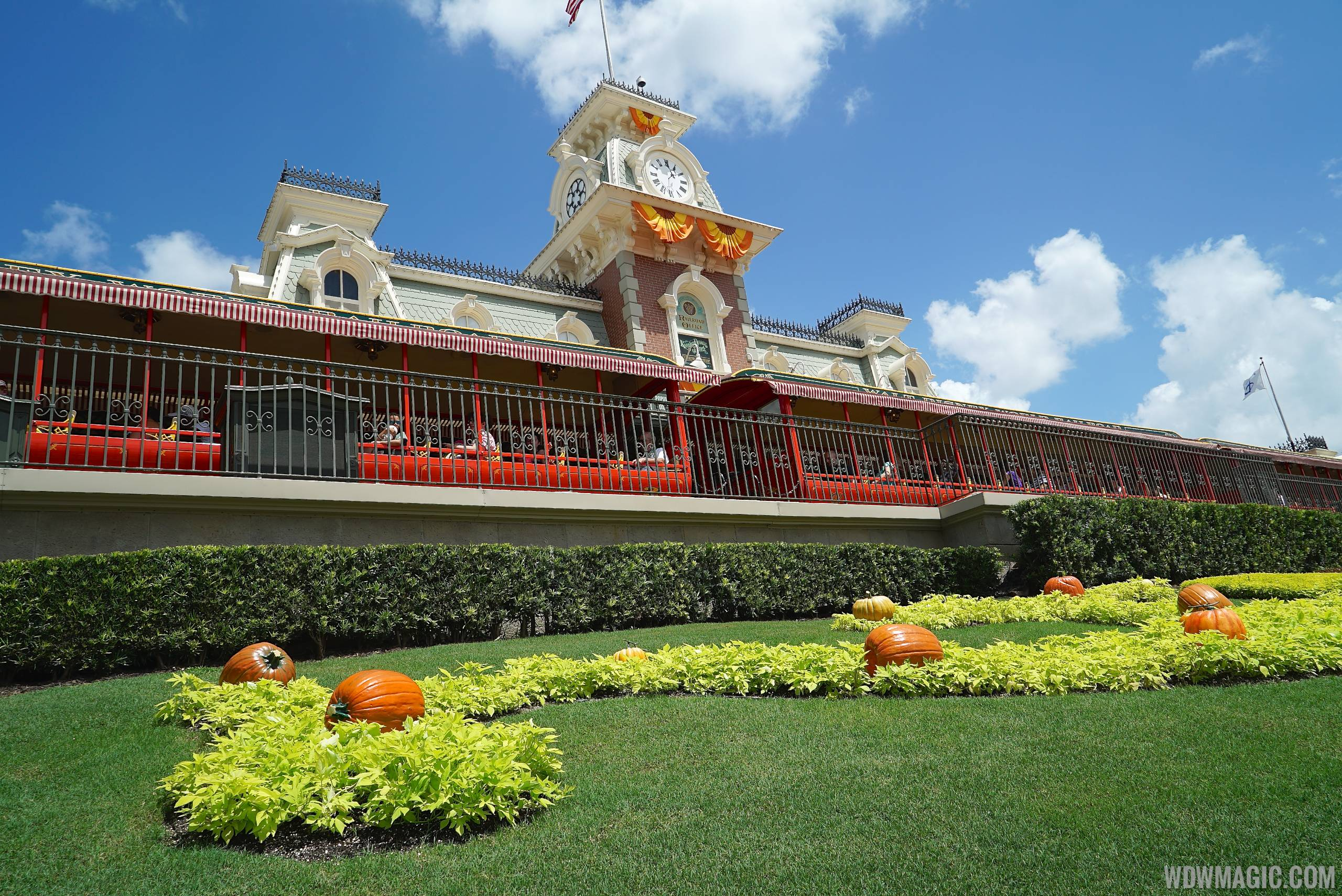 Mickey's Not-So-Scary Halloween Party News