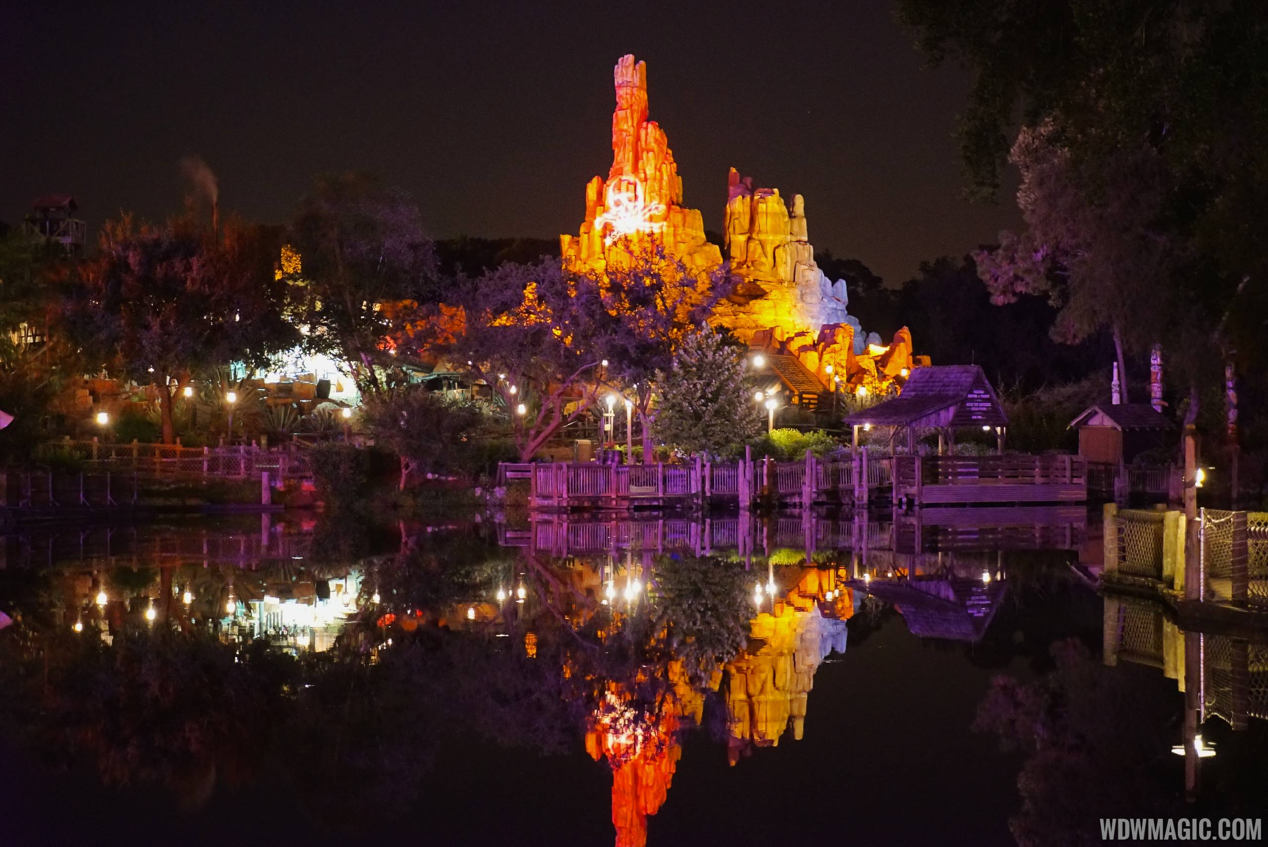 Mickey's Not-So-Scary Halloween Party 2014 - Photo 55 of 84 on