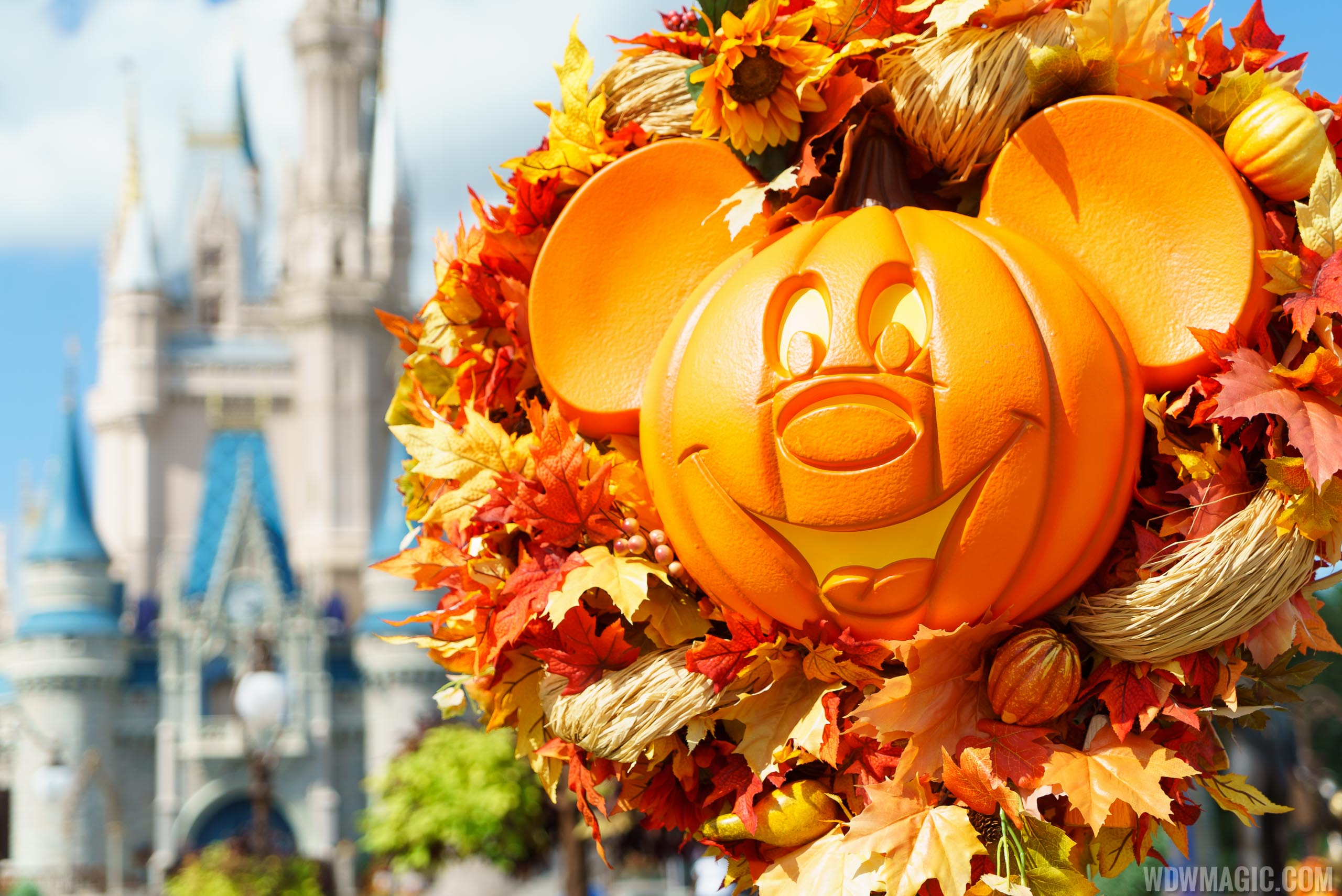 Magic Kingdom's fall Halloween decorations 2016