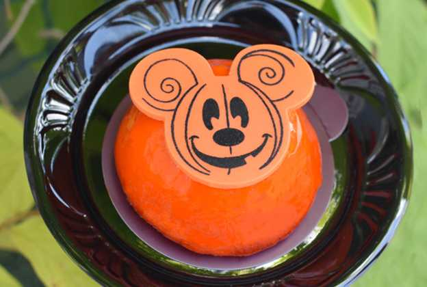 Mickey's Not-So-Scary Halloween Party treats