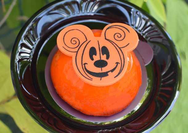 Mickey's Not-So-Scary Halloween Party treats