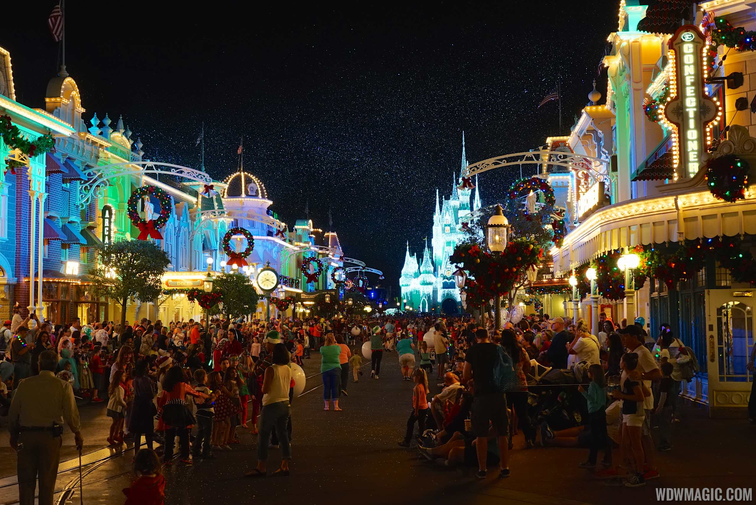 Mickeys Very Merry Christmas Party 2019.Tickets Now On Sale For The 2019 Mickey S Very Merry