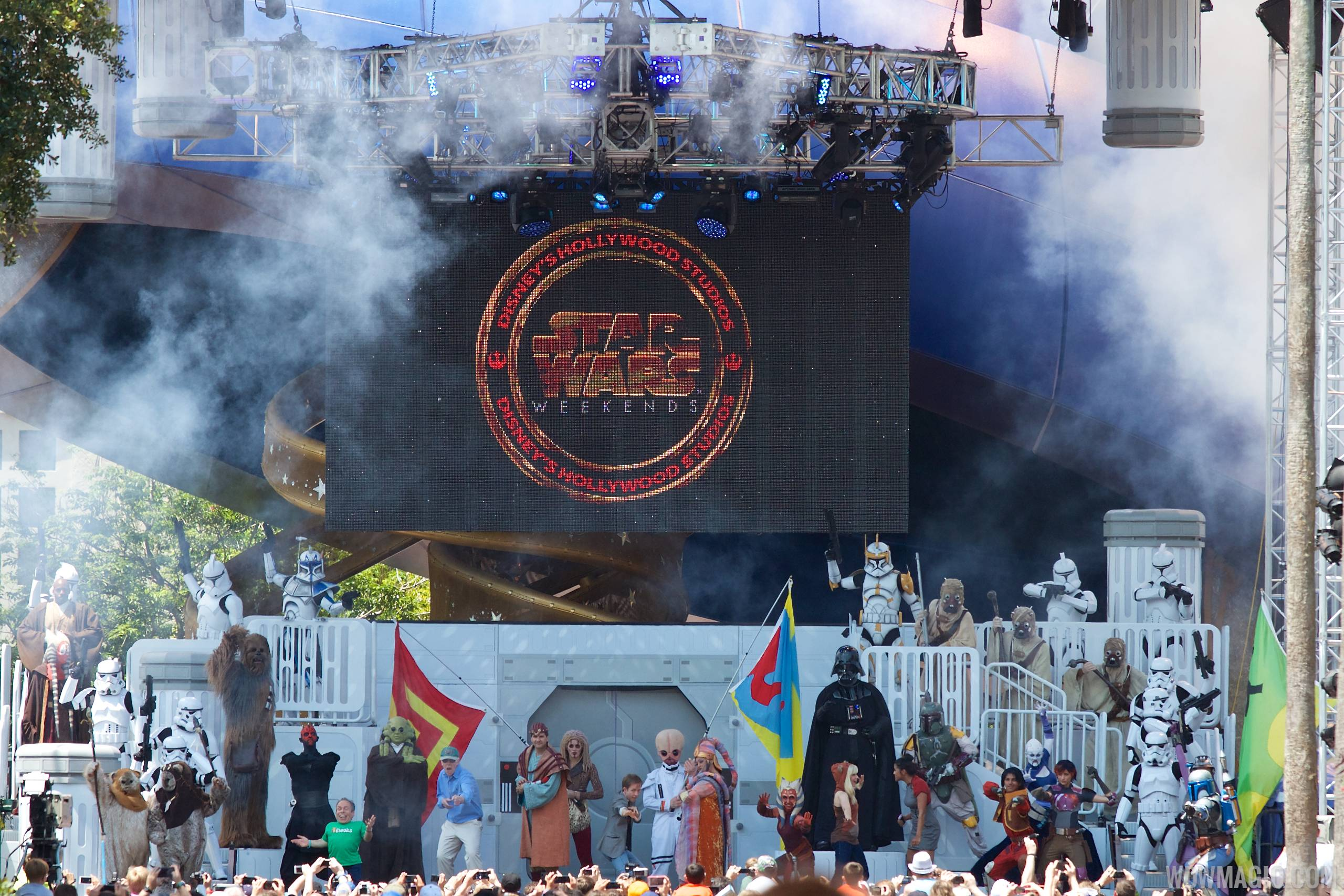 2014 Star Wars Weekends - Weekend 2 Legends of the Force motorcade - Celebrity Welcome