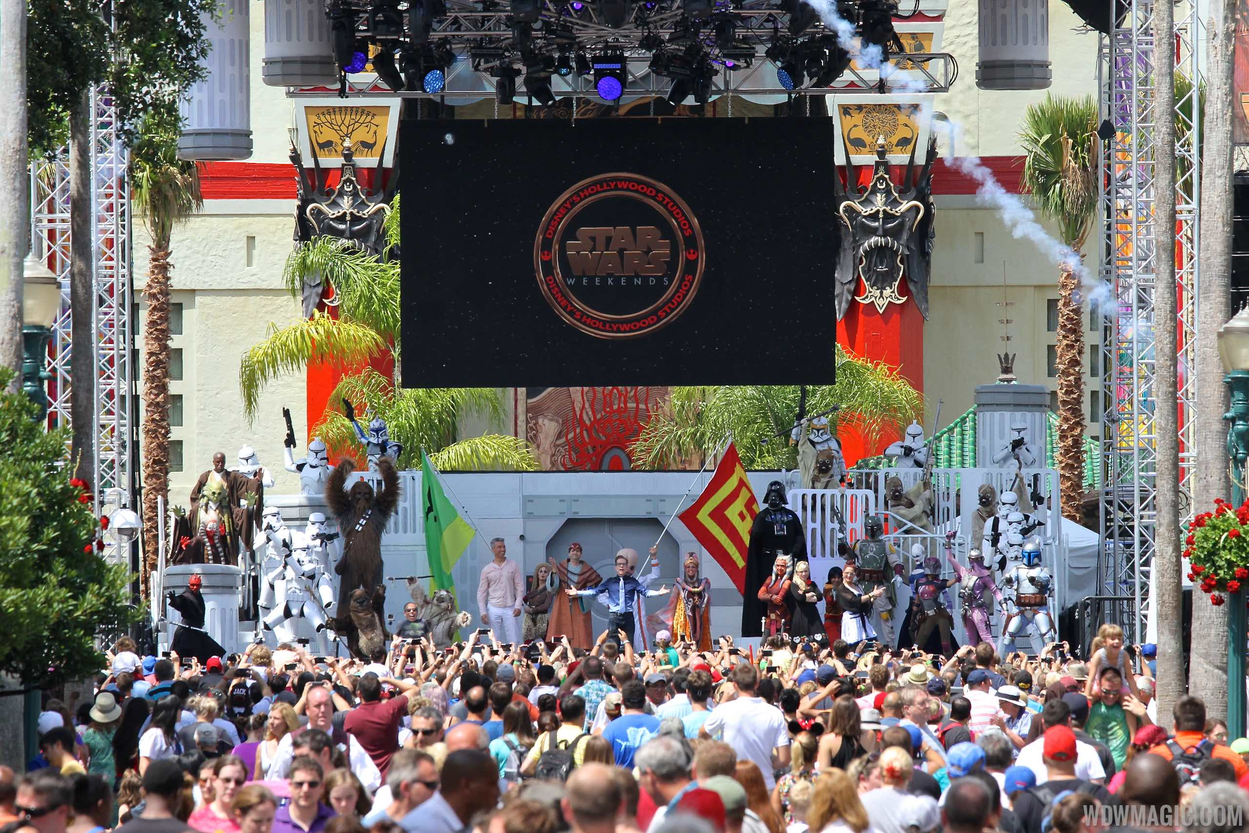 2015 Star Wars Weekends - Weekend 2 Legends of the Force motorcade celebrities