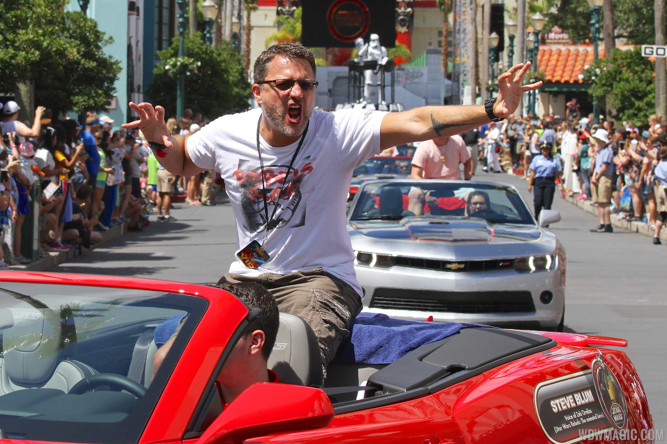 2015 Star Wars Weekends - Weekend 3 Legends of the Force motorcade celebrities - Steve Blum