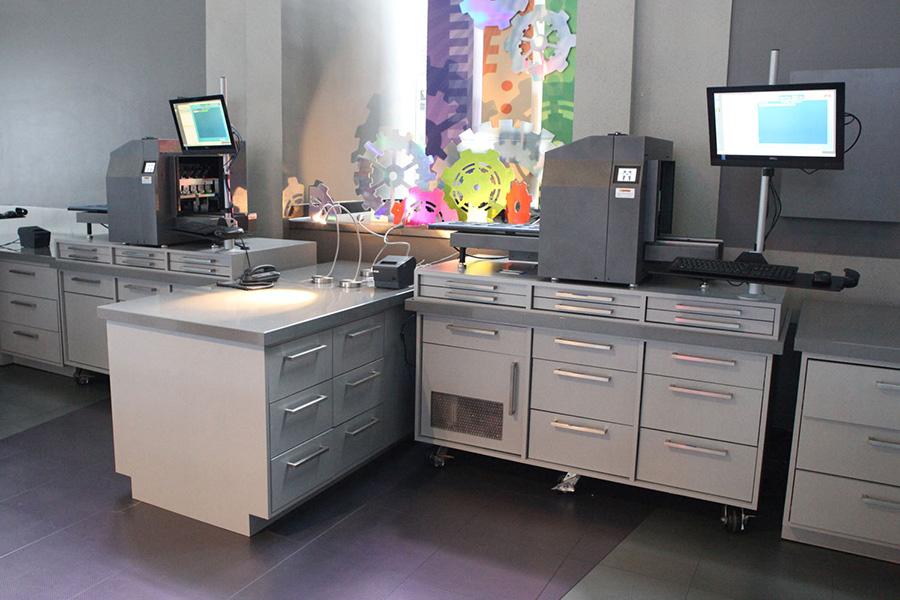 MagicBand printing station