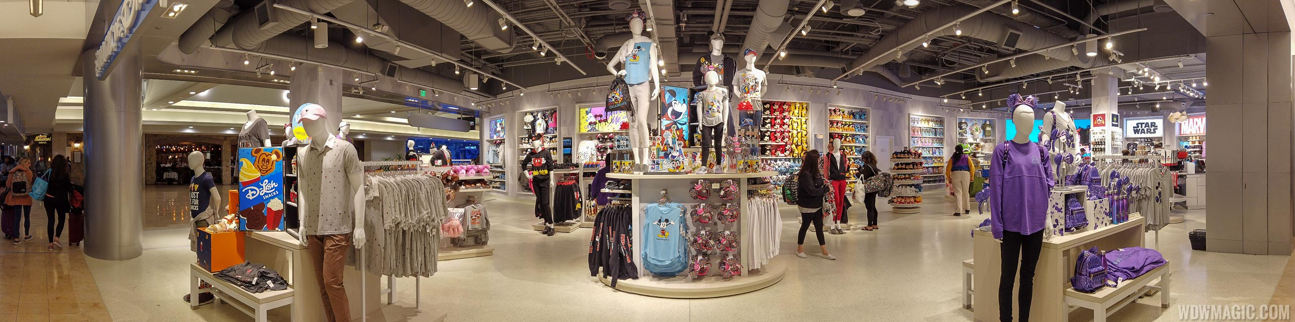 New Magic of Disney store at Orlando International Airport