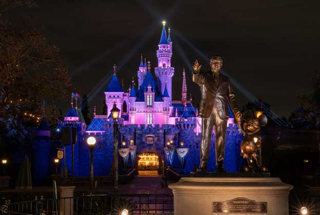Disneyland reopens April 30 2021