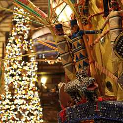 Animal Kingdom Lodge holiday decorations 2009