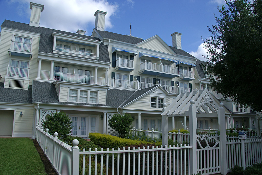 Boardwalk Inn buildings and grounds
