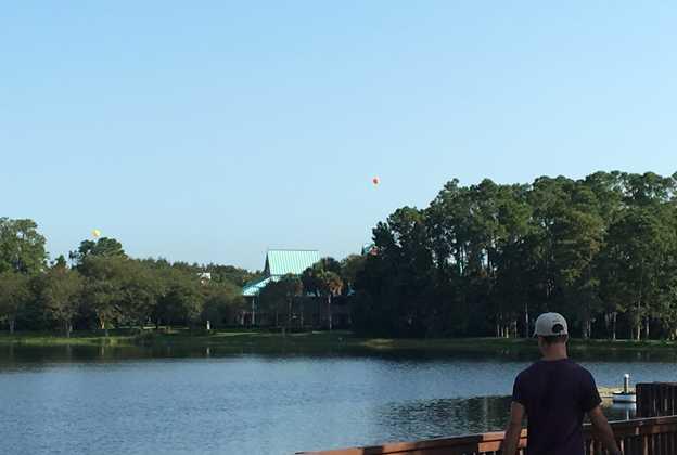Height test balloons at Disney's Caribbean Beach Resort