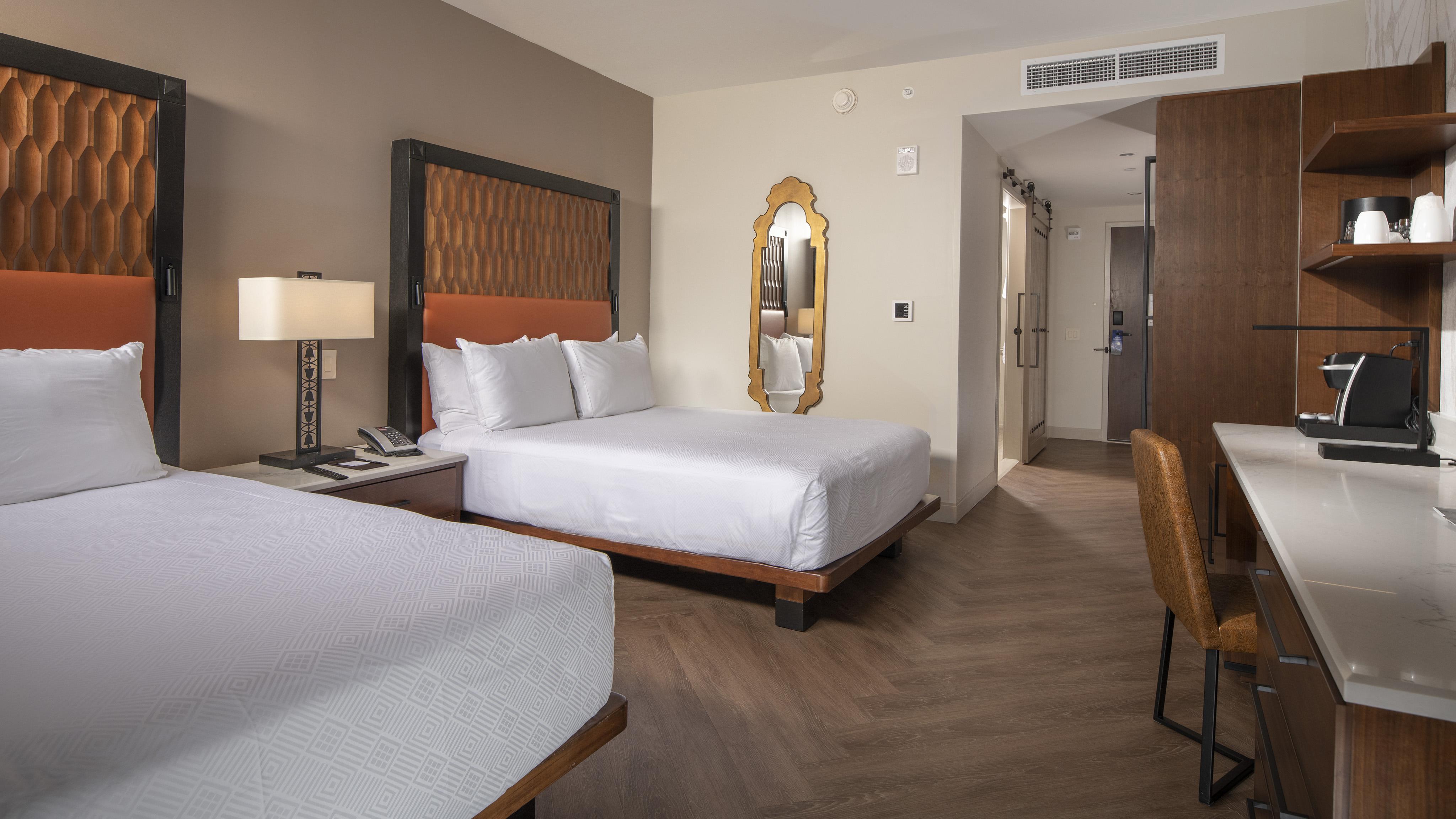 Gran Destino Tower guest room