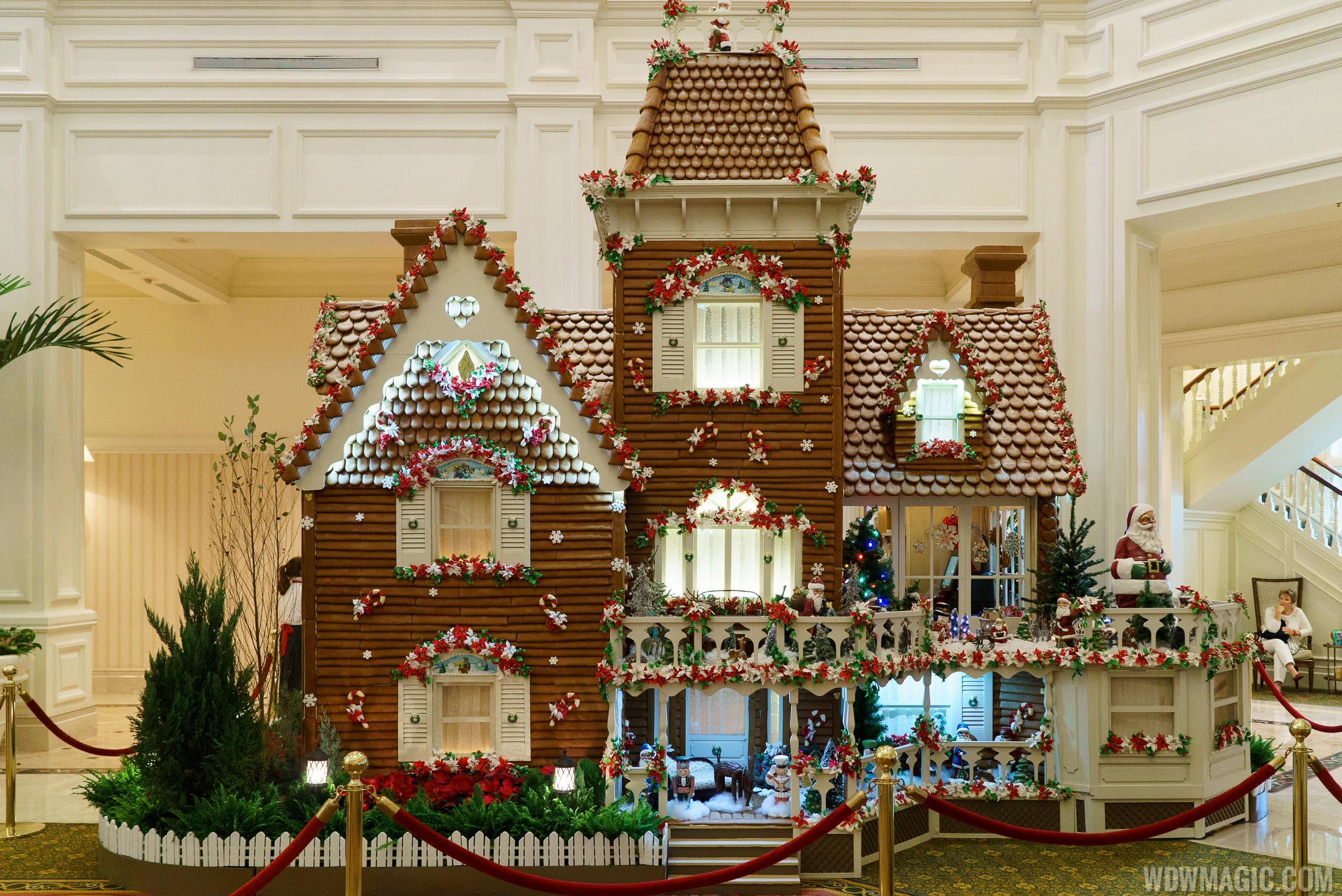 Photos Disney S Grand Floridian Resort Gingerbread House