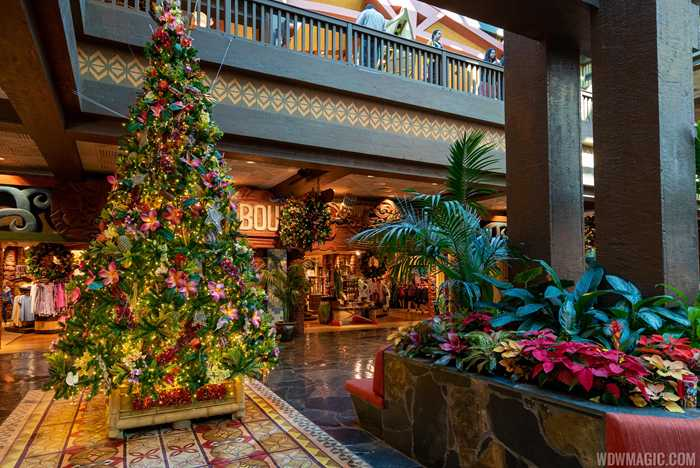 Disney's Polynesian Village Resort holiday decorations 2019
