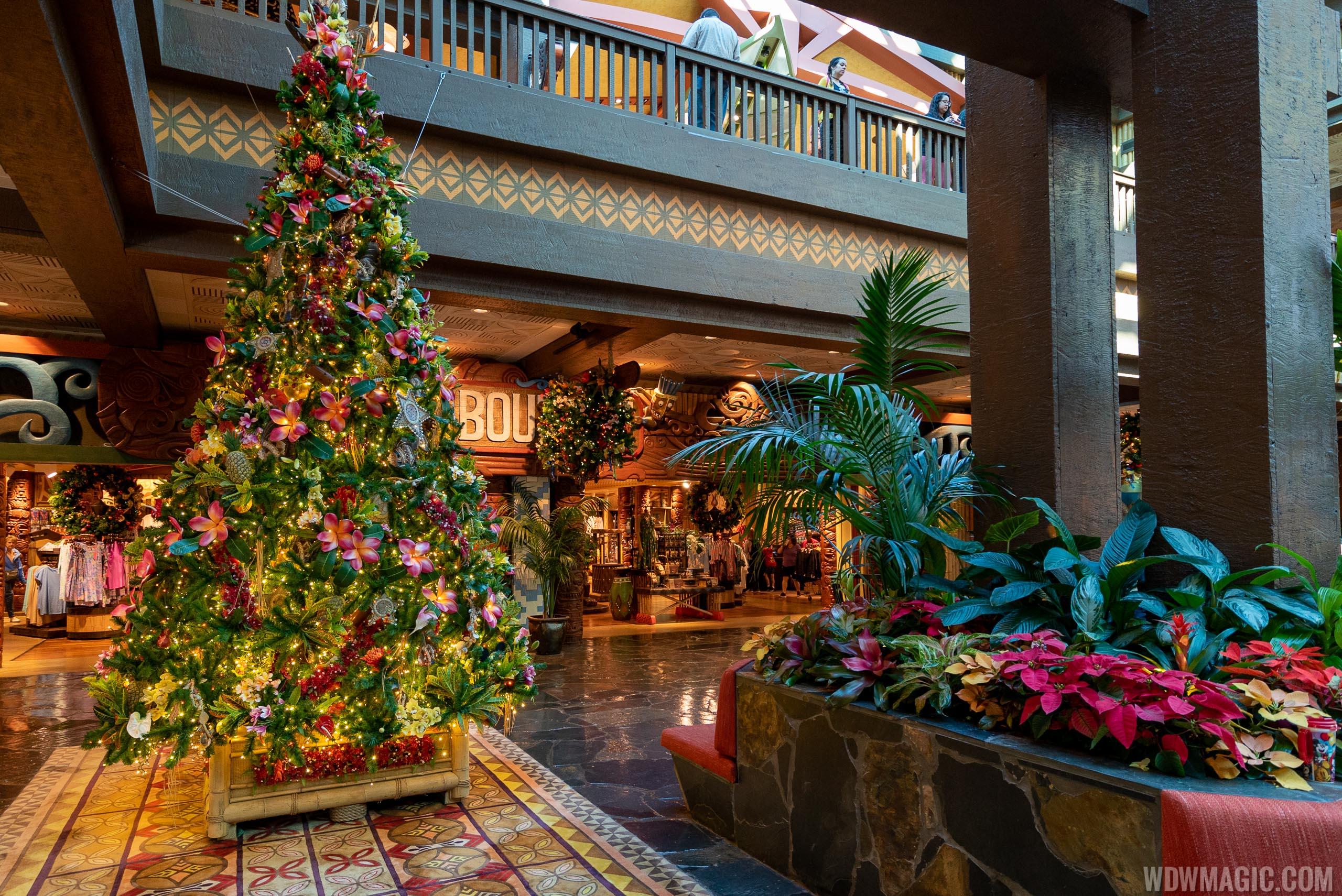 Disney's Polynesian Village Resort holiday decorations 2019