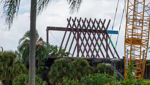 PHOTOS - Latest look at the Polynesian Village Resort roofline changes