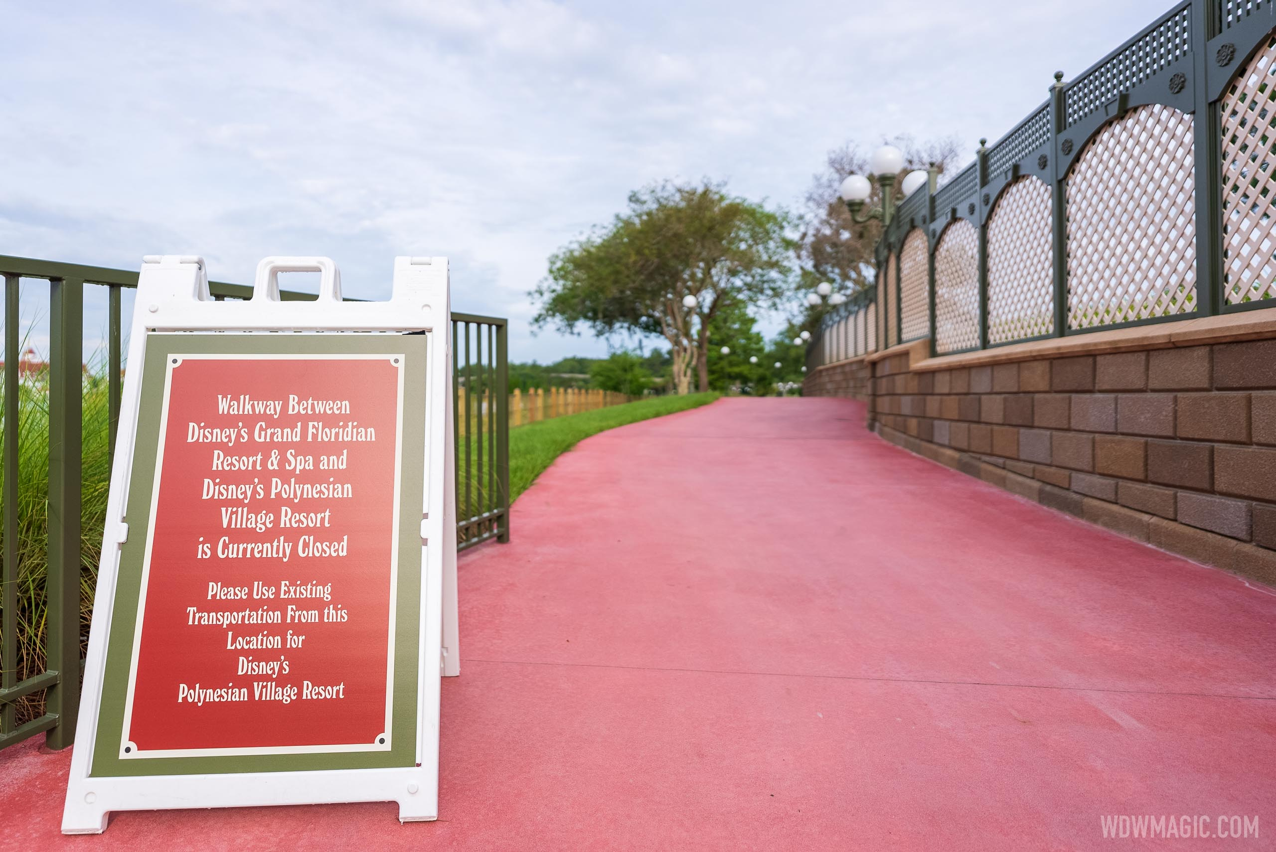 Walkway between Disney's Grand Floridian and Disney's Polynesian Resort currently closed