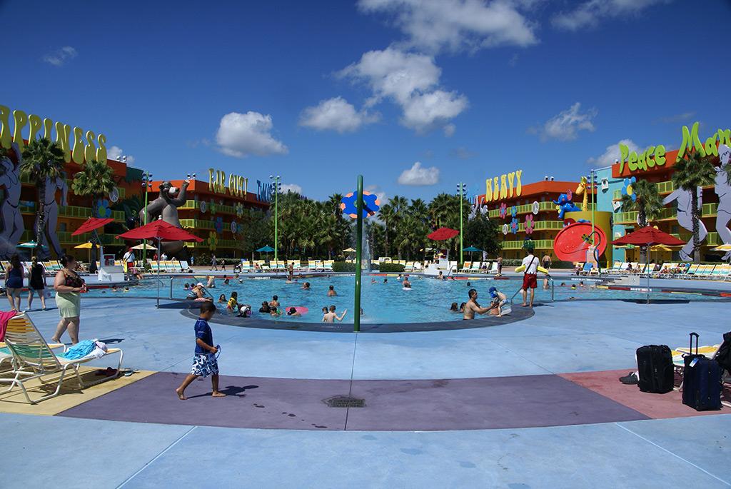 Hippy Dippy Pool