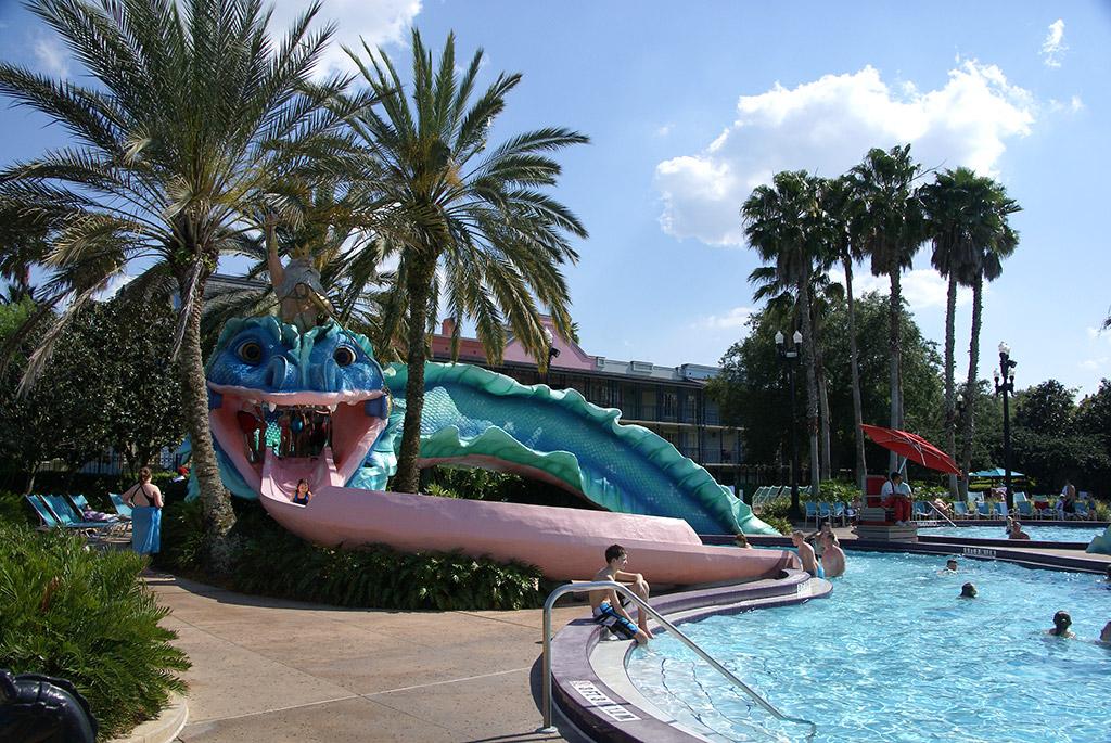 Disney's Port Orleans French Quarter pool area