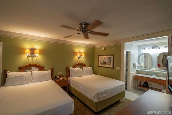 Disney's Port Orleans Riverside - Standard guest room