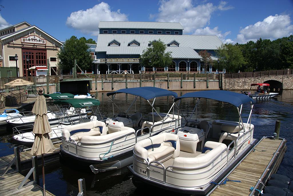 Riverside Levee marina