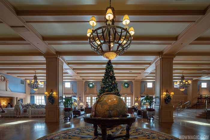 Yacht Club Resort Christmas Holiday decor 2018